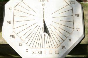 Construcción de relojes de sol @ Civivox de Mendillorri